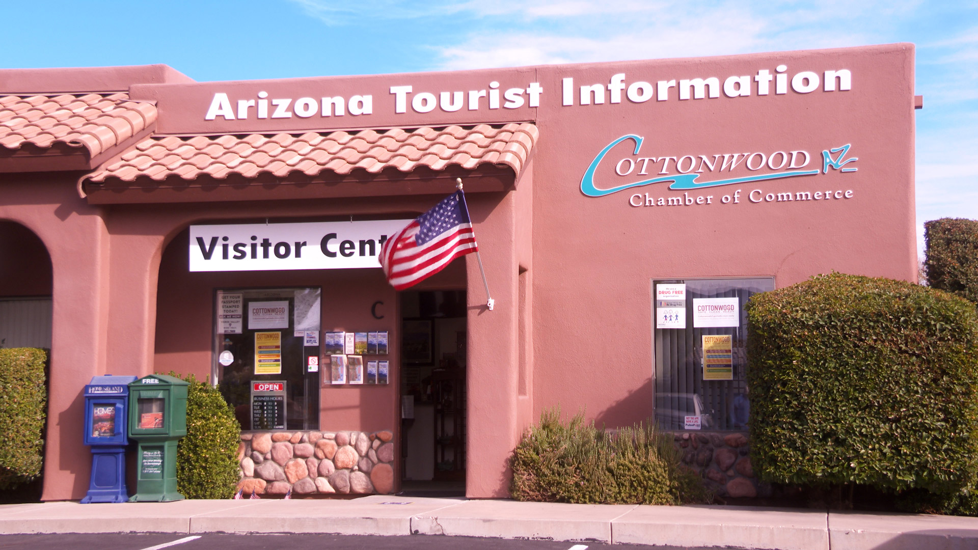 Cottonwood Chamber of Commerce Visitor Center entrance
